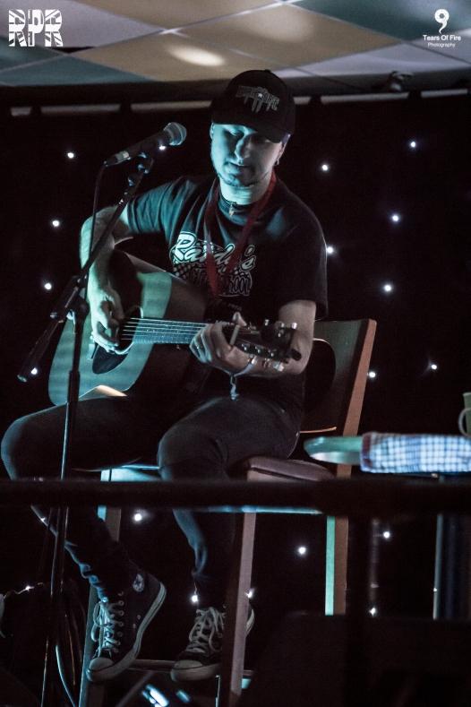 The Radio Sun (Acoustic) - HRH AOR 6 - 10-03-2018